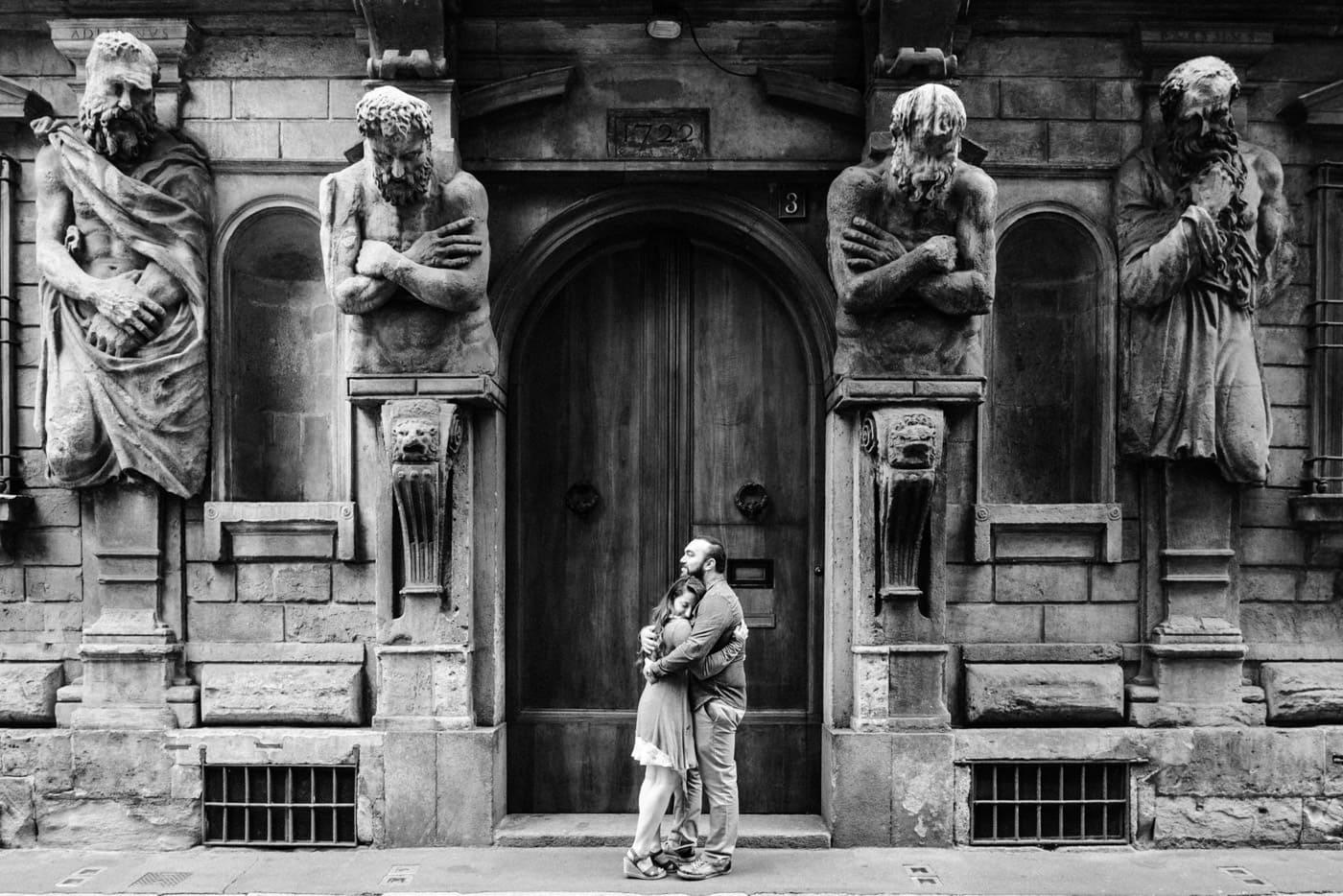 Engagement prematrimoniale palazzo degli omenini  a milano_lucarossifoto