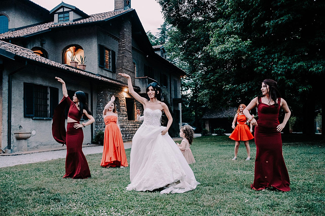 foto di reportage matrimonio antico podere di rezzano truccazzano 70