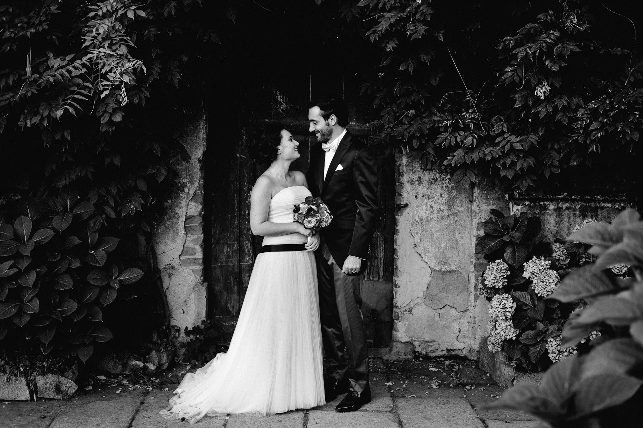 fotografo matrimonio rock vercelli castello di DESANA 0051