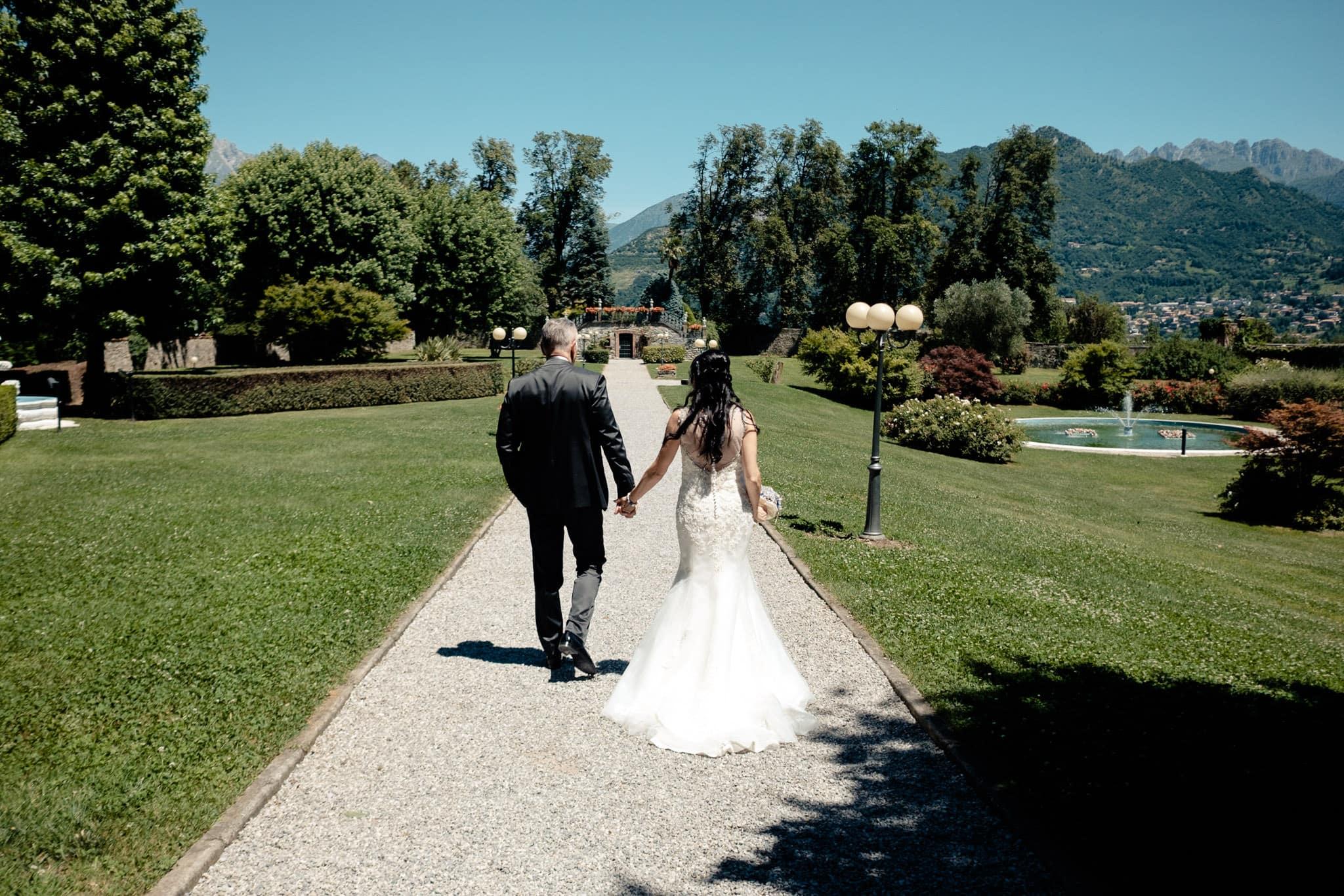 Matrimonio Antico Borgo della Madonnina passeggiata