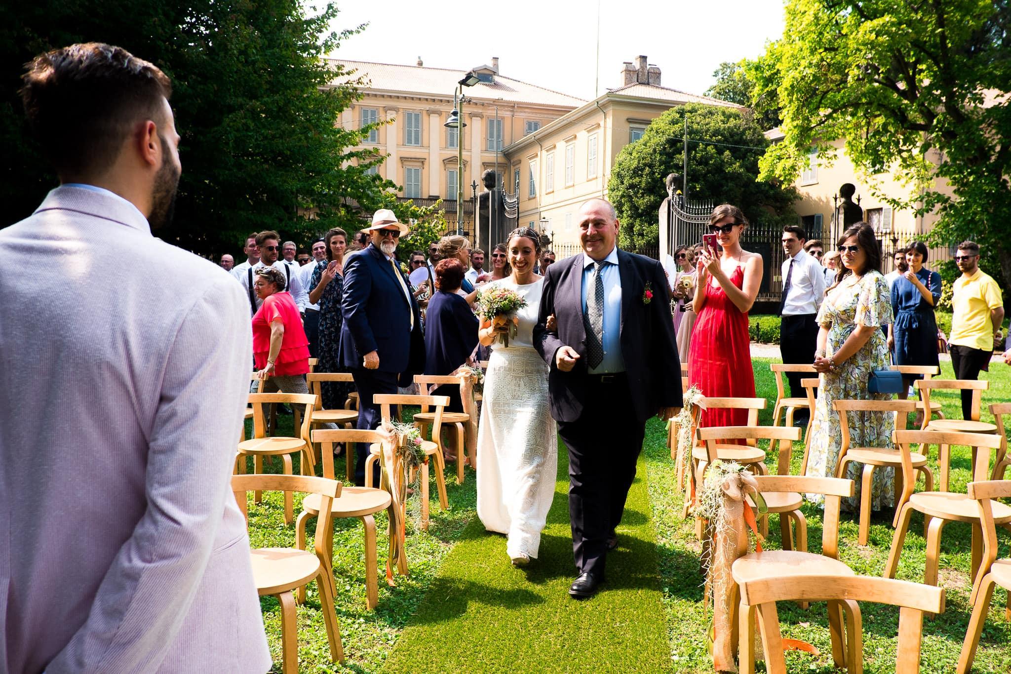 ingresso sposi matrimonio_monticello_il portico_luca rossi