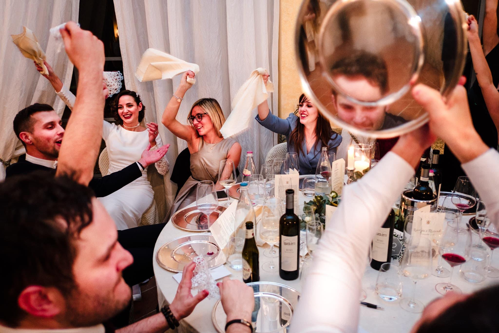 festa ai tavoli matrimonio villa gromo
